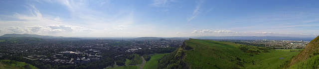 View over Edinburgh from Arthur's Seat (Photo credit: Kyoshi Masamune)